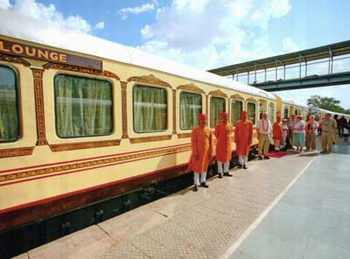 Palace on Wheels Tour Packages